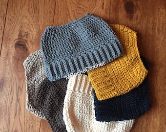 Messy bun hat, pony tail hat, messy bun crochet hat, pony tail beanie, womens bun hat, messy bun beanie, running beanie, bun hat