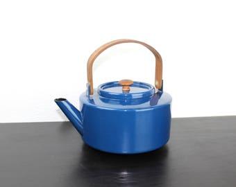 Vintage Blue Copco Tea Kettle, Enameled Steel and Teak, Enamelware Tea Pot, Mid Century Modern Kitchenware, Michael Lax 1960s Spain 200011