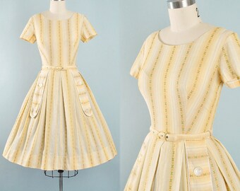 Vintage 50s Sundress / 1950s Cotton Belted Day Dress Peach EMBROIDERED Stripe FLORAL Full Swing Skirt Pinup Garden Picnic Party Small S