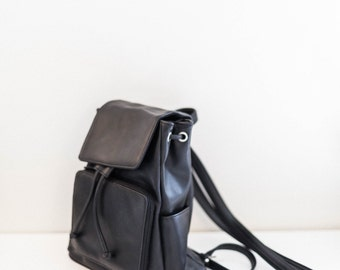 black faux leather shoulder satchel backpack bag