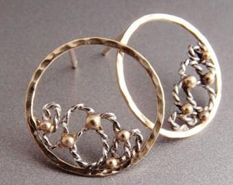 14k golden earrings, lace in circles