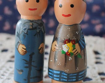Pioneer Girl and Boy Peg Dolls Set of Two -  small size Little House on the Prairie