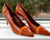 Free Shipping!: Vintage 1980s Allure Made in Spain Brown Tan and Mustard Earth-Tone Leather Pumps Heels Size 9 Never Worn