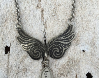 etched nickel silver metal angel wing wings wire wrapped charm necklace jewelry resin bezel inspirational sayings love mixed media jewelry