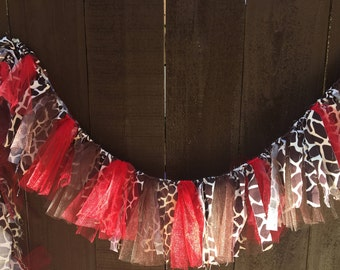 Giraffe Print Garland, Fabric and Tulle Garland, Giraffe, Baby Shower, Shower, Party, Nursery, Home Decor, CUSTOM COLORS & SIZES Available