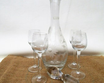 Vintage Decanter Set | Bar Set | Etched Glassware | Liquor Decanter Set | Crystal Wine Set | Glass Stopper | Wine Glasses
