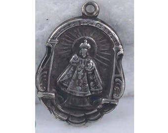 """Holy Infant of Prague Vintage Silver Religious Religious Medal on 18"""" sterling silver rolo chain"""