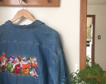 Vintage Disney Store Denim Shirt / Character Embroidered Denim Button Up / Snow White Blue Jean Blouse / Collar Long Sleeve Seven Dwarves