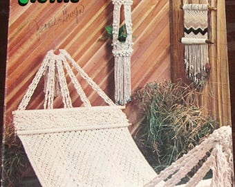 Vintage 1970s Macrame Motifs & Macra-Weaving Craft Instructions Book Leisure Time Publications Hammock Plant Holders Wall Hanging 23 Pages