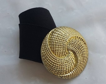 Black Elastic Belt with Gold Swirl Buckle