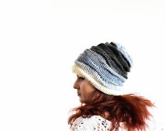 Knitted winter slochy hat, slouchy beanie, wool beanie, slouchy beanie woman, slouch beanie, gray blue white ombro slouchy hat, slouch toque