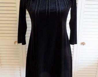 Vintage LBD Velvet Mini Dress XS S Black Boho Hippie Gypsy Club Kid Grunge Witchy Bohemian Witch Goth Glam Hipster Mod 60s 70s Folk Festival