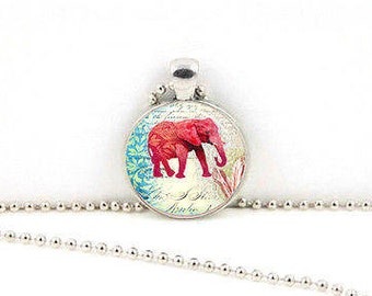 Bohemian Elephant Glass Cabochon Pendant Necklace