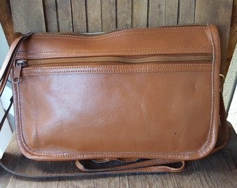 CARAMEL   ///    Small Leather Purse