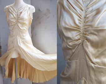RESERVED... Vintage 1920s - 1930s Champagne Dress