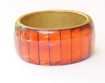 ORANGE BANGLE - vintage translucent resin orange bangle - brass and resin translucent orange bangle - lovely burnished orange bangle