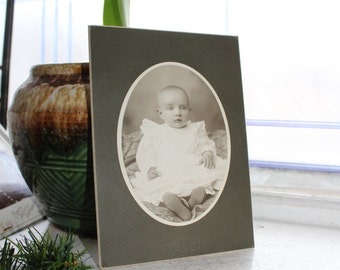 Antique Photograph Victorian Baby 1800s Cabinet Card