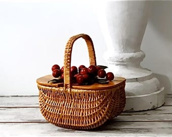 Vintage Straw Handbag with Red Cherries Fruit - Mid Century Box Purse 1950's