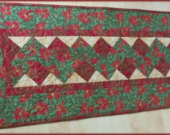 Quilted Christmas Table Runner Quilt Poinsetia Ribbon 547