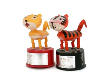 Pair Cat/Tiger Thumb Push Button Puppet Toys by Kohners  Candy the Cat & Terry the Tiger