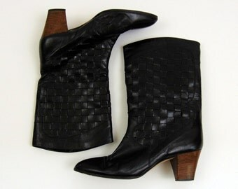 Vintage Boots | 1980s | Frye Black Woven Leather Ankle Boots | 7M