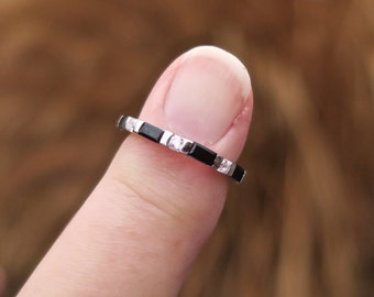 Vintage 925 Sterling Siver Black CZ Eternity Ring