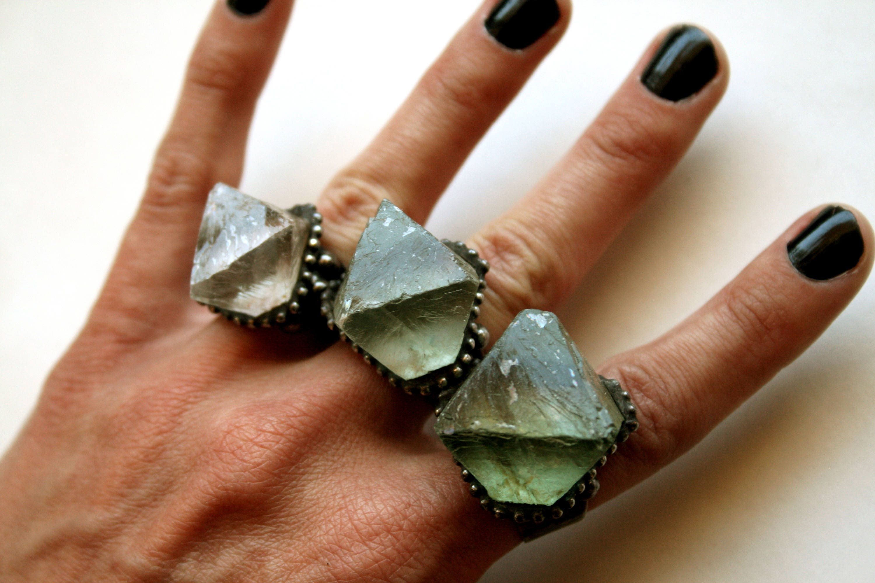 ring discover rings via pin vuitton louis trivelling fluorite