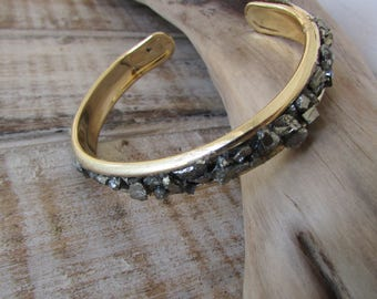 Pyrite and gold bracelet