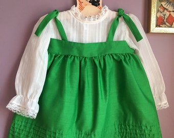 Kate Greenaway green tunic size 4T
