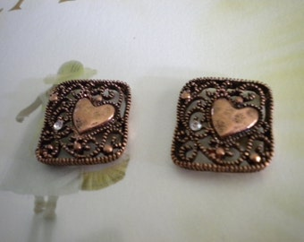 4 or 6 Count 4 Hole Connector - Antique Copper - Open Weave Scroll Work - Heart - Clear Rhinestones -  Findings - Hammered Look