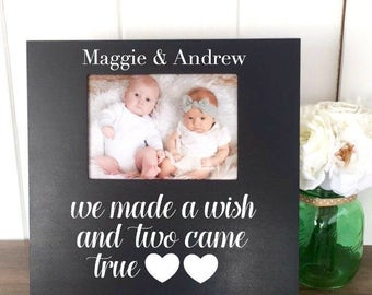 Twin Quote Picture Frame, Baby Twins Gift, Personalized New Twins Gift, Twins Baby Shower Gift, New Parent Gift, Custom Twin Picture Frame
