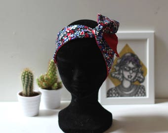Reversible headband fabric with flowers/red