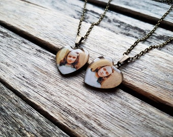 """The Grady Daughters From Stanley Kubrick """"The Shining"""" - Set of 2 Heart Cameo Pendants - Best Friends or Sisters Gift - Friendship necklace"""