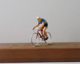 Removable Cycling Toy Tour de France Vintage Toy Metal and Plastic Toy Collectibles 1960s