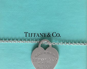 Vtg 925 Silver TIFFANY & Co. RETURN to SENDER Heart Necklace Pendant Charm Tag incl. Box - Near Mint Condition !