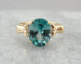 Vintage Blue Zircon Ring in Yellow Gold UNX5MD-N