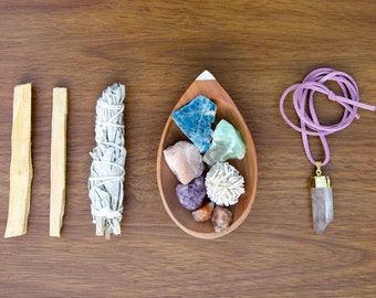 crystal kit, smudge kit, meditation kit, healing crystals and stones, sacred space, meditation altar, yoga, relaxation gifts energy crystals