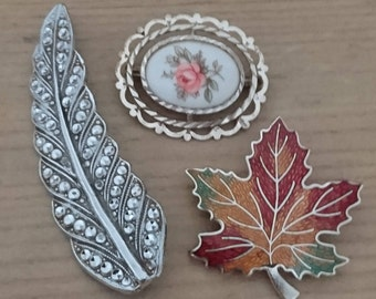 Vintage lot of three brooches