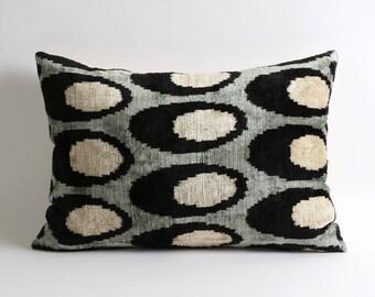 Ikat Velvet Pillow Cover Black White pillow Gray 14x20 inch Silk velvet ikat