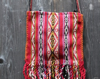Woven Zip Bag - Handmade Peruvian Wool from the Andes