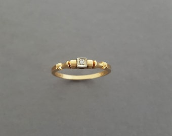 Antique Art Deco 14K Gold, Diamond Engagment Ring / Promise Ring