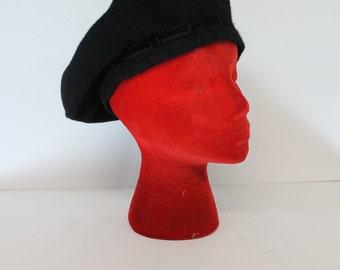 Vintage 1980's Black Wool Velvet Bow South Africa Beret Medium M