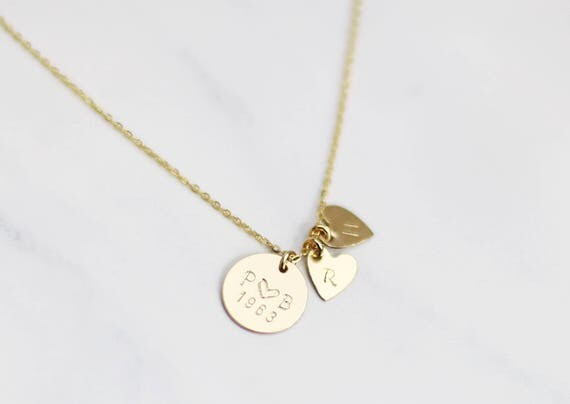 Mother's day Jewelry Gifts for MOM / Custom Disc Necklace with Heart Charm / Kids initial, Anniversary Date and More