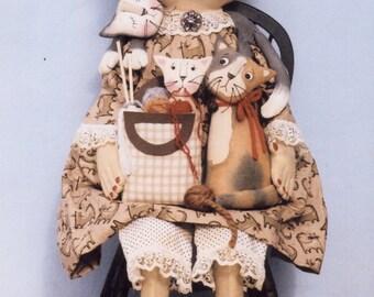 Primitive PATTERN Aunti Felinie and Her Furry Friends