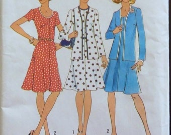 Vintage Sewing Pattern Simplicity 6749 - Women Retro Top and Dress - Size 16 (Breast 38)  UNCUT