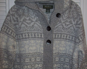 Vintage Eddie Bauer Hooded Winter Lambs Wool & Cotton Sweater. Size Medium - Large see details
