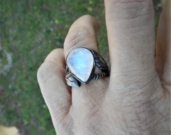 Moonstone ring, rainbow moonstone ring, vine ring, moonstoneleaf ring, 925 silver ring, size 7 ring, rainbow ring, gypsy ring,large ring