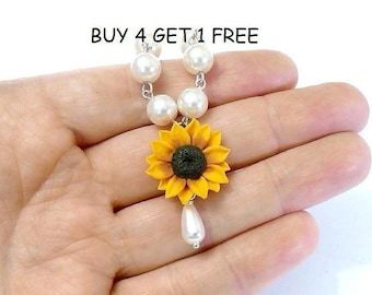 Sunflower Necklace - Bridal jewelry in yellow with pearls