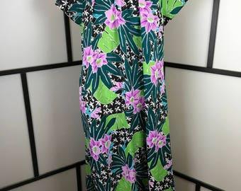 Floral Hawaiian Dress, Women's Vintage Dress, Full Length Maxi Dress, Tropical Vacation Dress, Beach Coverup Dress, Hilo Hattie, Extra Large