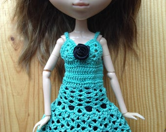 Aqua cotton short crocheted dress with black lace, for Pullip dolls or similar
